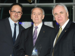 2018 Air & Space Gala Award Cradle of Aviation Museum Walt Cunningham