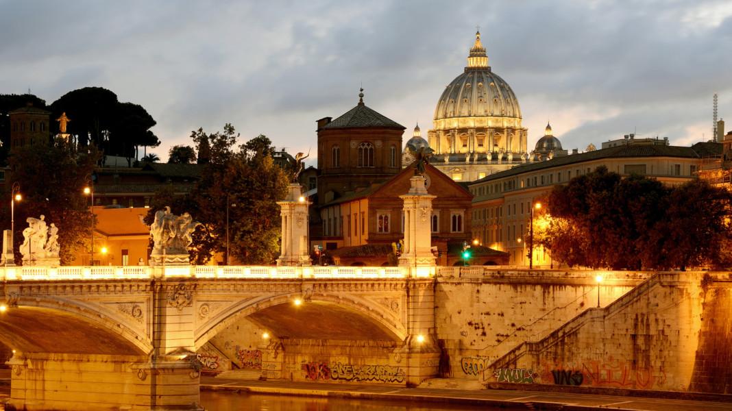 Ponte Vittorio Emanuele II at sunset