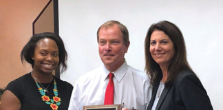 LaGuardia Airport's Chris Rhoads Receives William Spurgeon Award