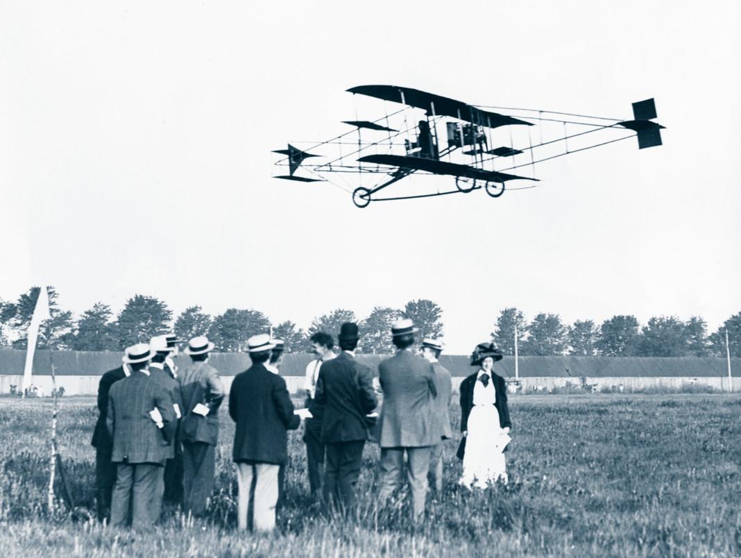 Glenn Curtiss' & Golden Flyer