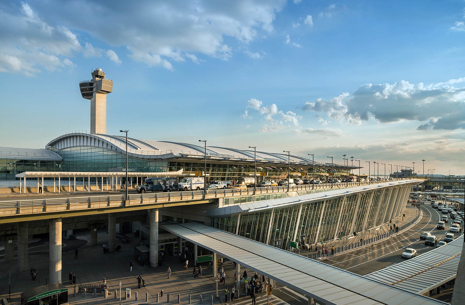 Which NYC Airport Should You Choose: LGA, JFK, or EWR?