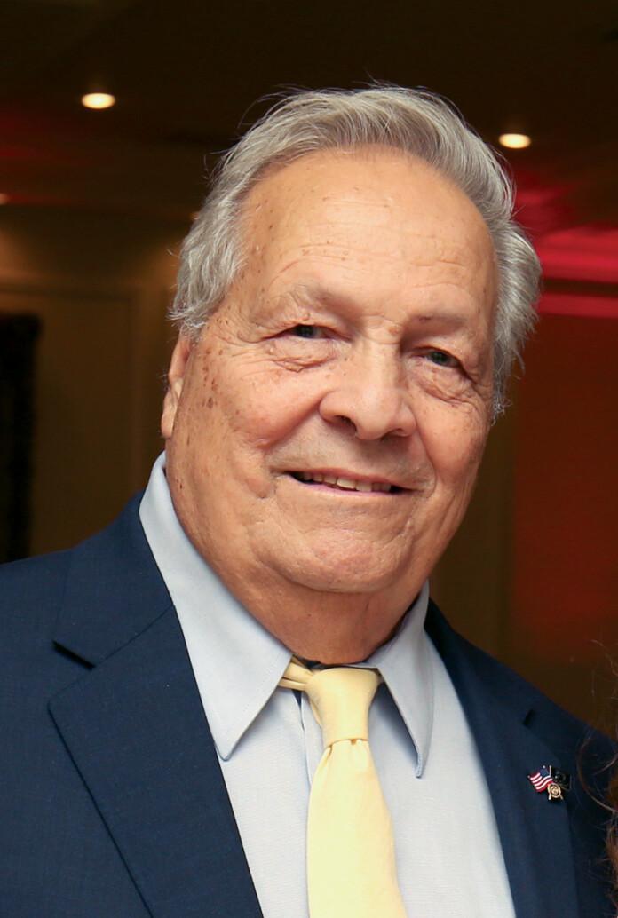 Joe Alba, Editor-In-Chief, Metropolitan Airport News