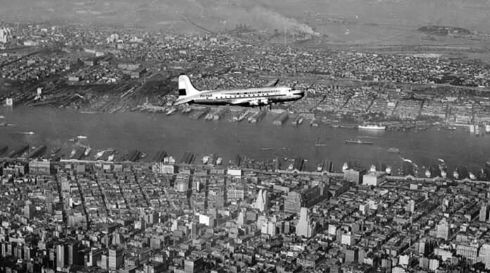 KLM Marks 75th Anniversary Flying Into New York