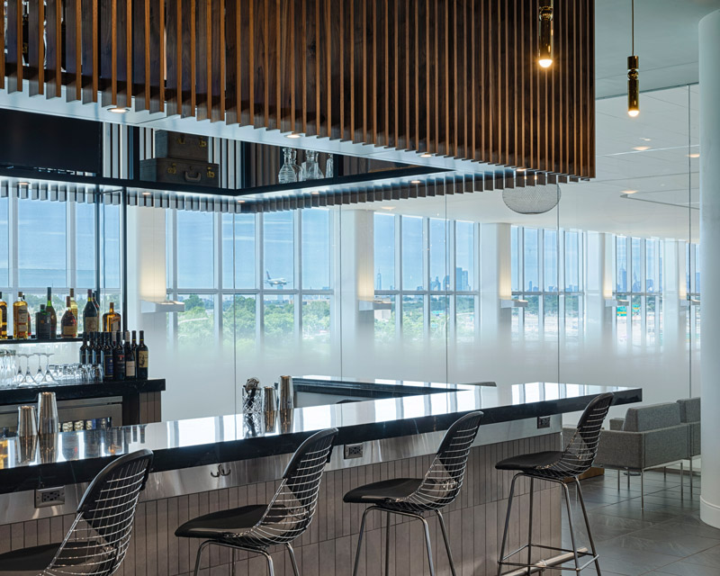 Bar area to enjoy a wide variety of locally sourced beverages with views of New York City
