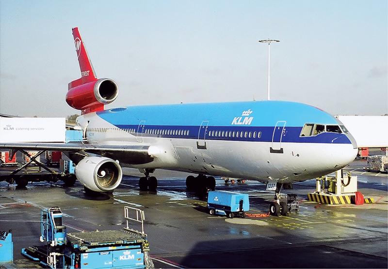 Northwest_Airlines-KLM_DC-10