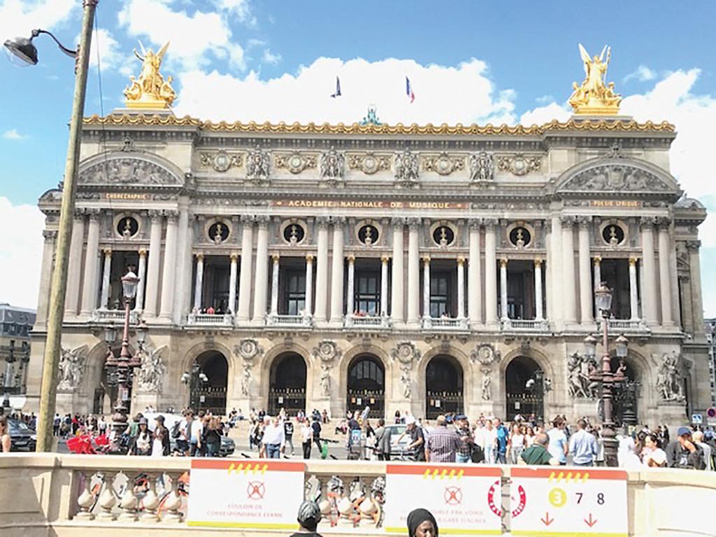 Paris in a Day Jonathan Katz