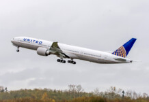 United-Airlines-777